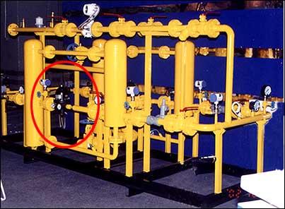 气动式调压器rp/10型技术规格 结构配置 ·内部放散阀 ·超压和低